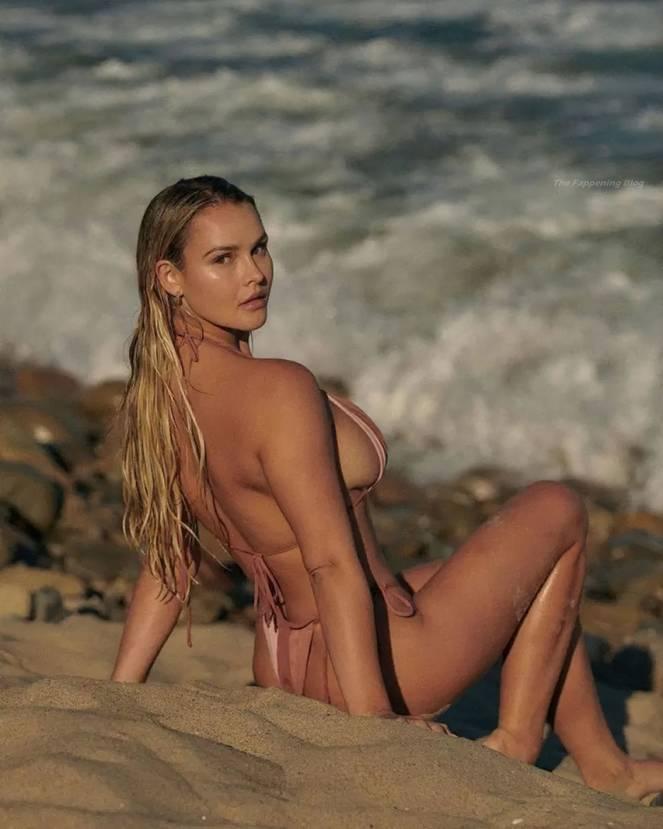 Kinsey Wolanski Sexy 10