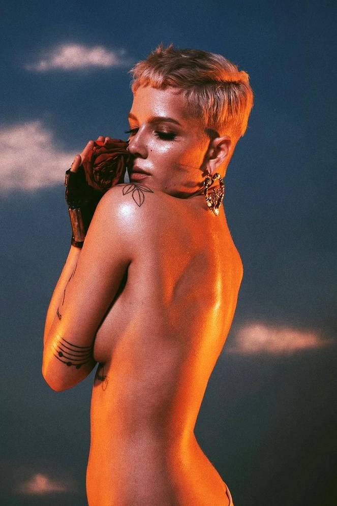 Halsey Naked Leaks Fappening 18