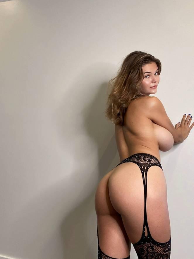 Ashley Tervort Nude Sexy 19