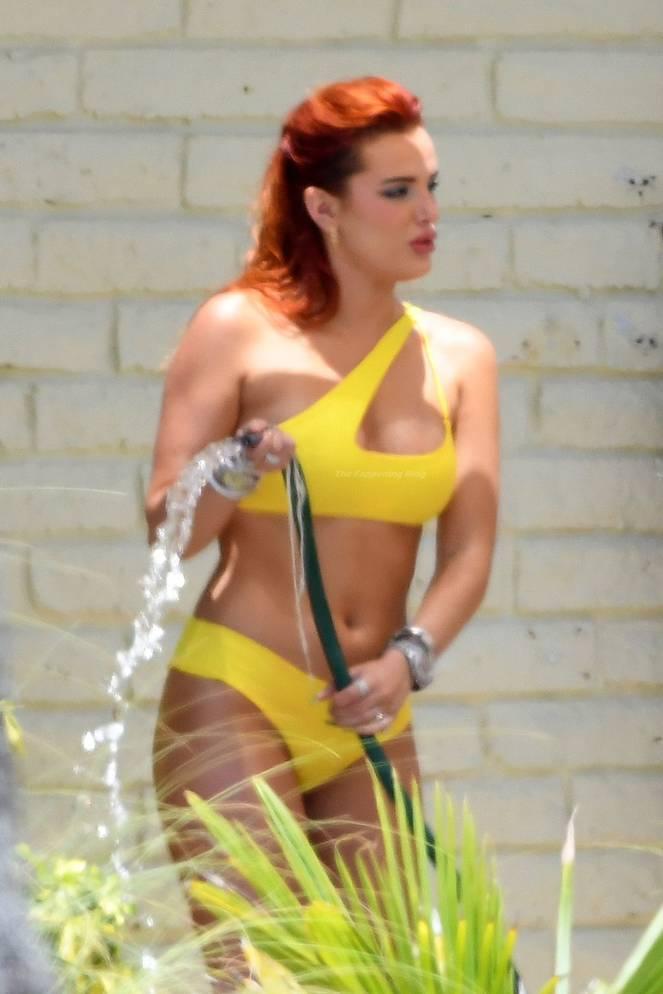 Bella Thorne Sexy 19