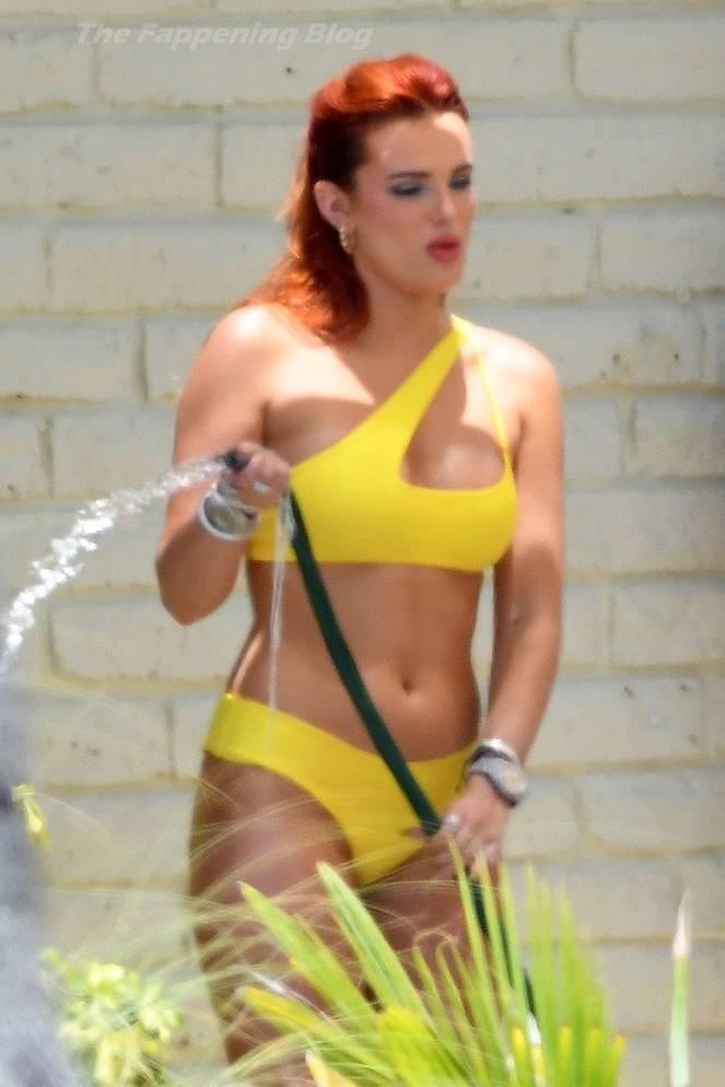 Bella Thorne Sexy 21