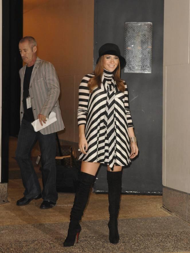 Jennifer Lopez Sexy 36