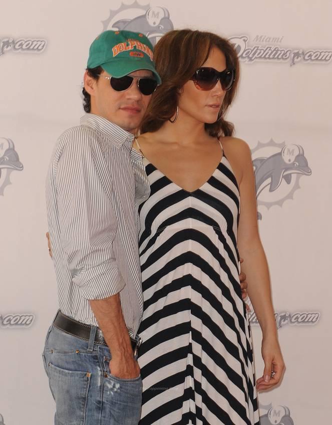 Jennifer Lopez Sexy 38