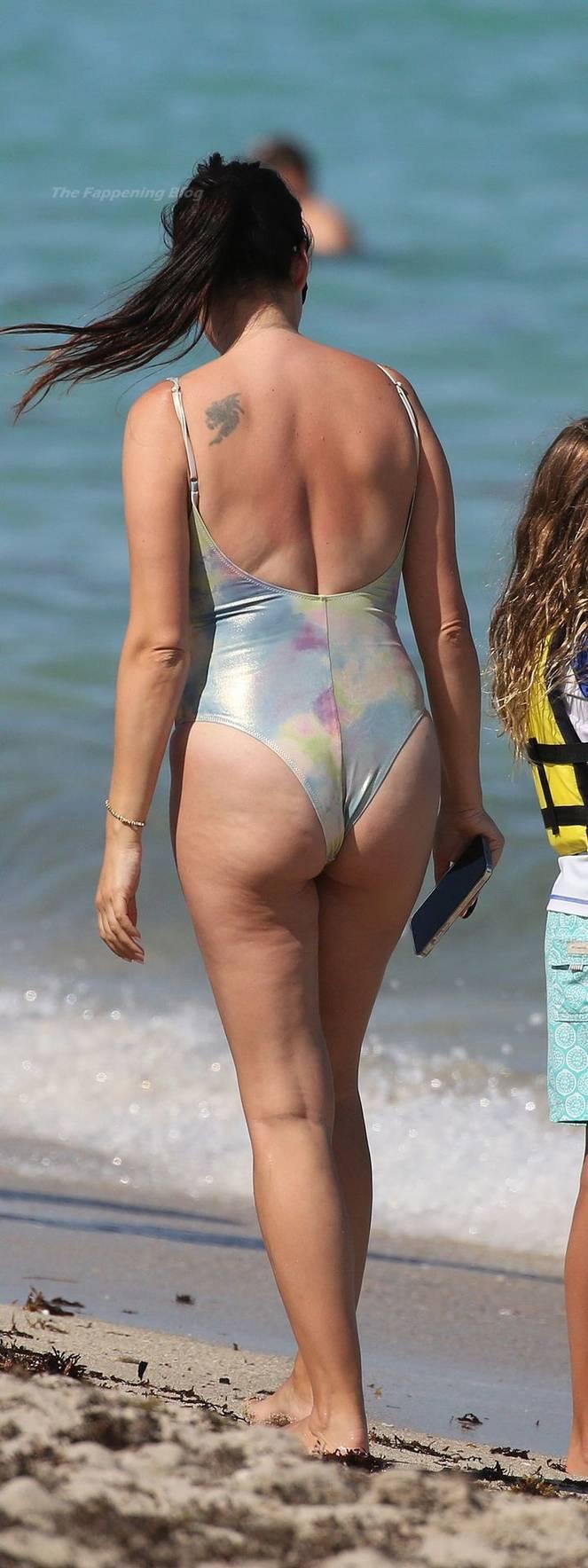 Sonia Amoruso on Beach 39