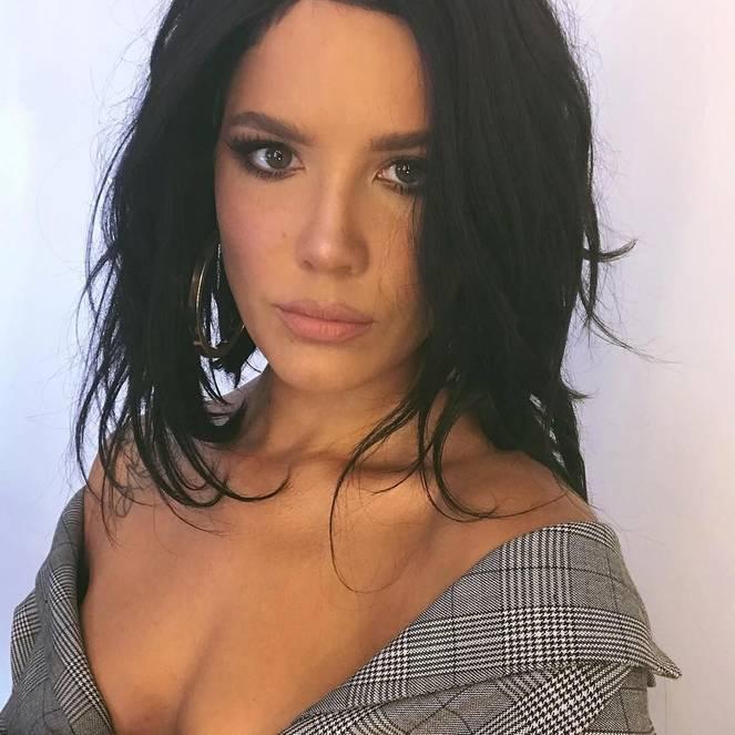 Halsey Naked Leaks Fappening 39