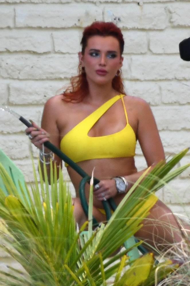 Bella Thorne Sexy 41