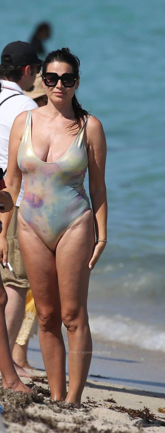 Sonia Amoruso on Beach 42
