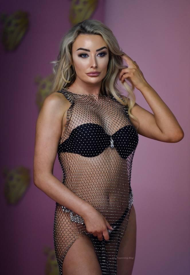 Chloe Crowhurst Bikini 45