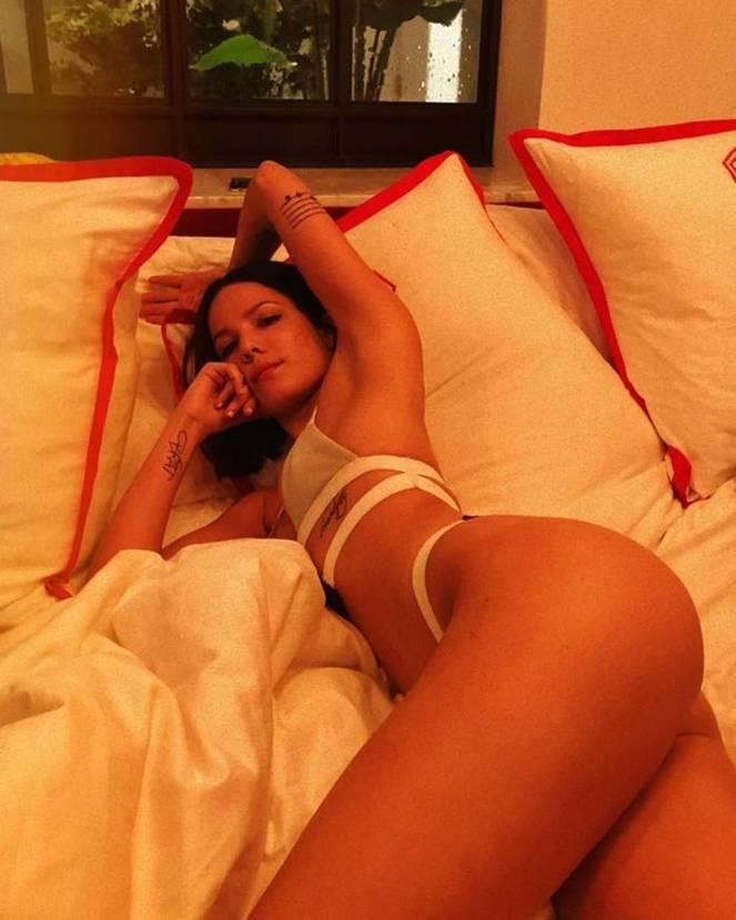 Halsey Naked Leaks Fappening 46