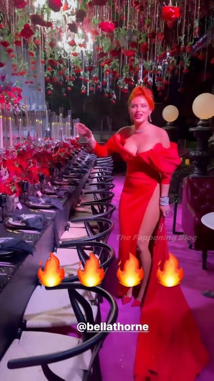 Bella Thorne Sexy 48