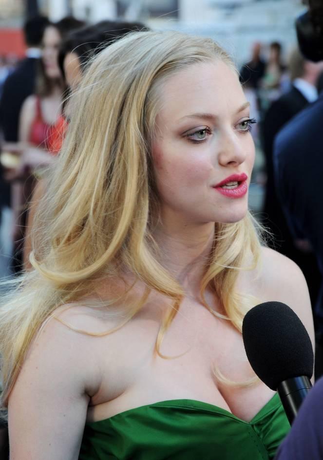 Amanda Seyfried Nude Sexy Leaks 64