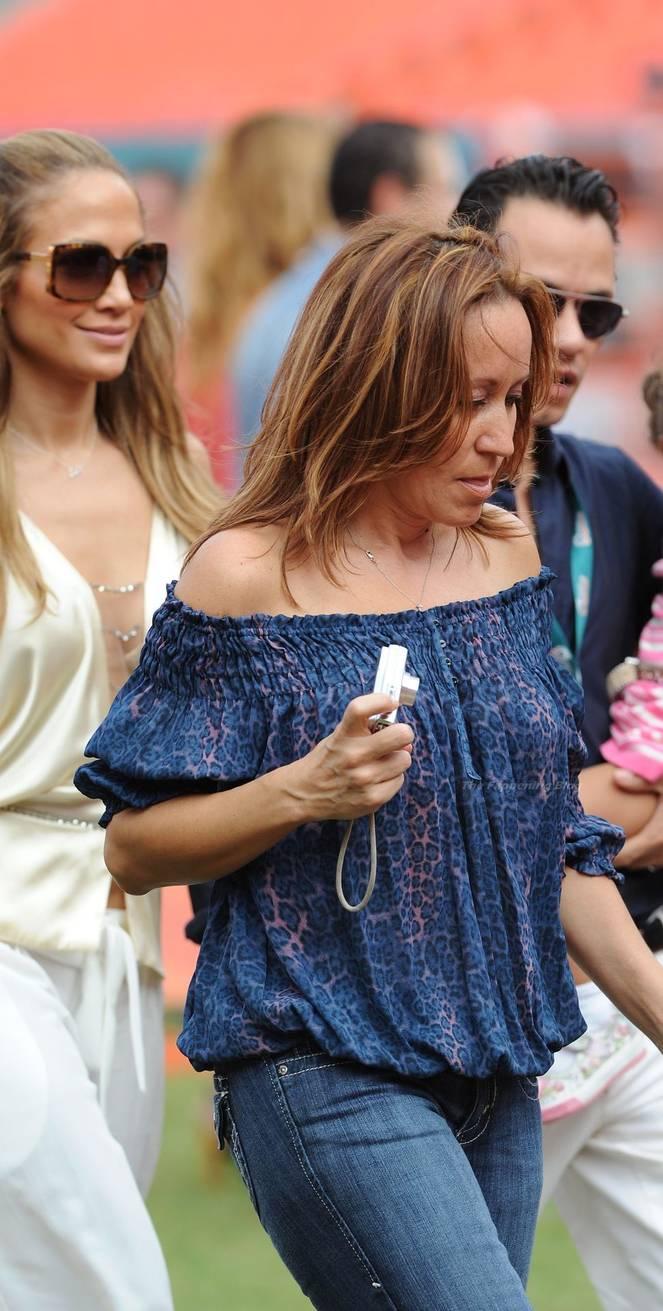 Jennifer Lopez Sexy 74
