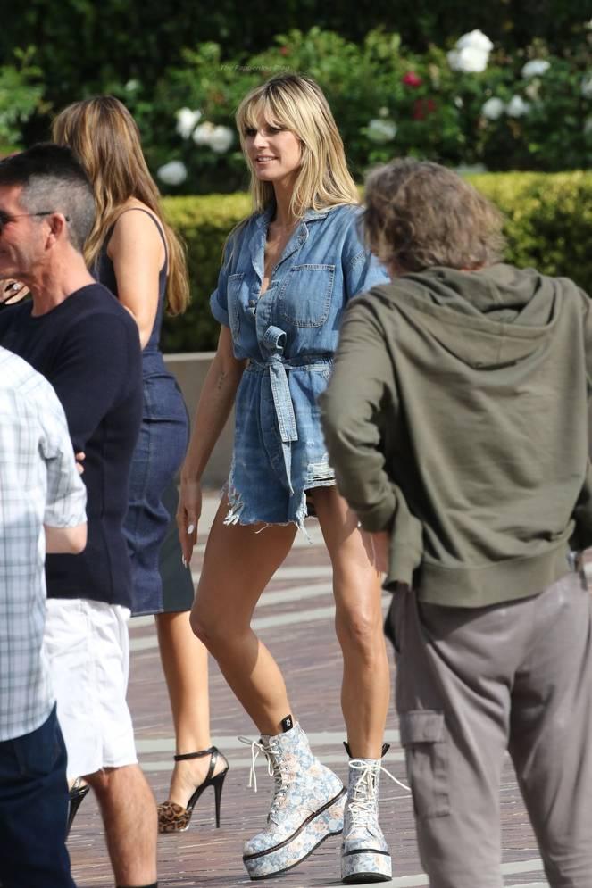 Heidi Klum Sexy Legs 112