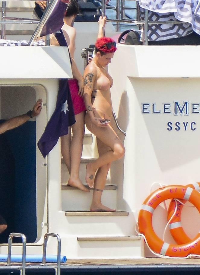 Halsey Naked Leaks Fappening 181