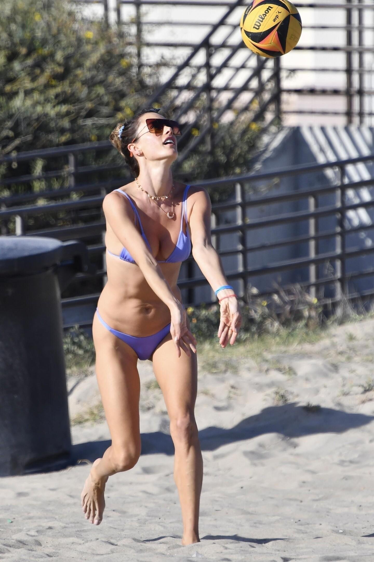 Alessandra Ambrosio Bikini fappenings.com 1