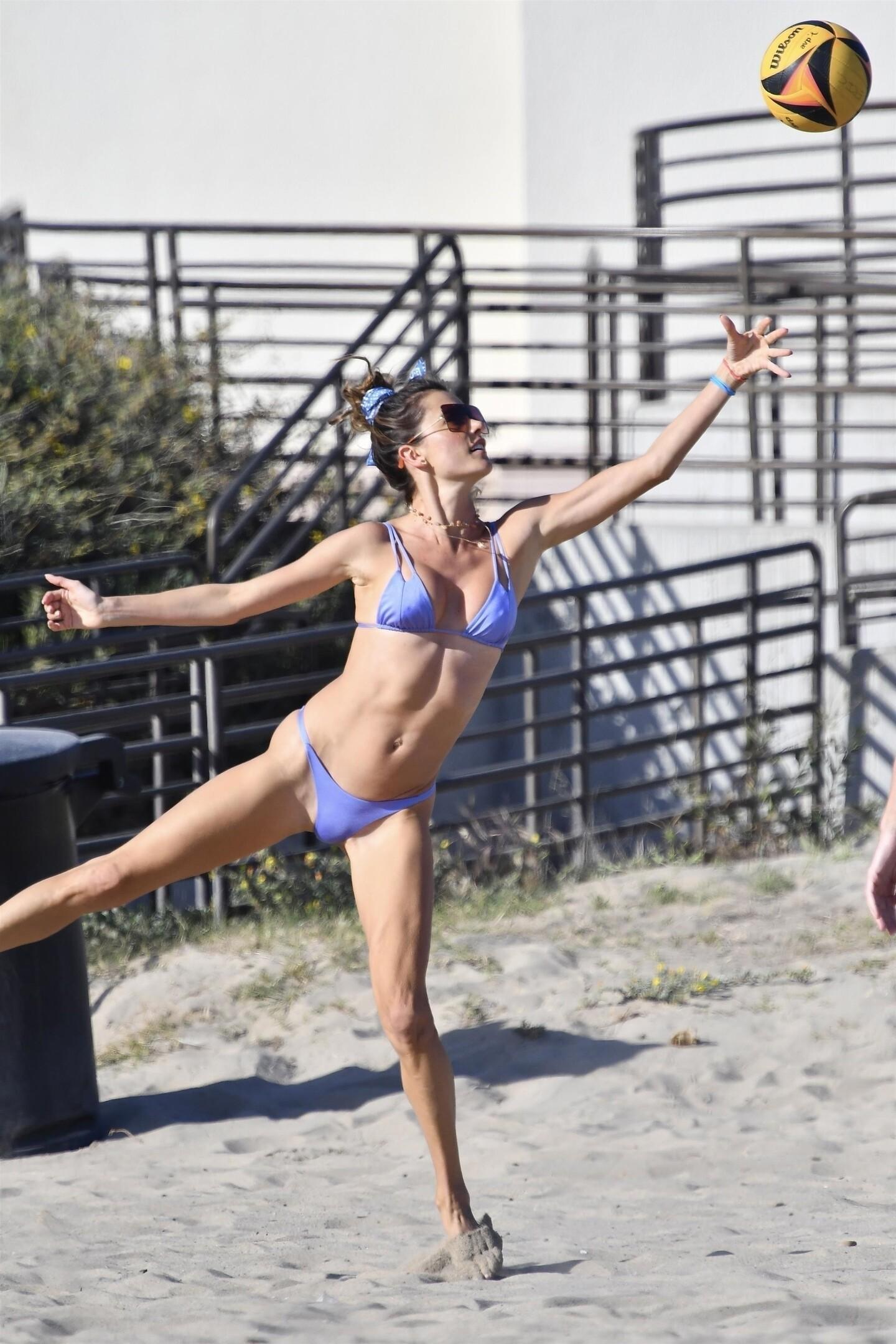 Alessandra Ambrosio Bikini fappenings.com 2