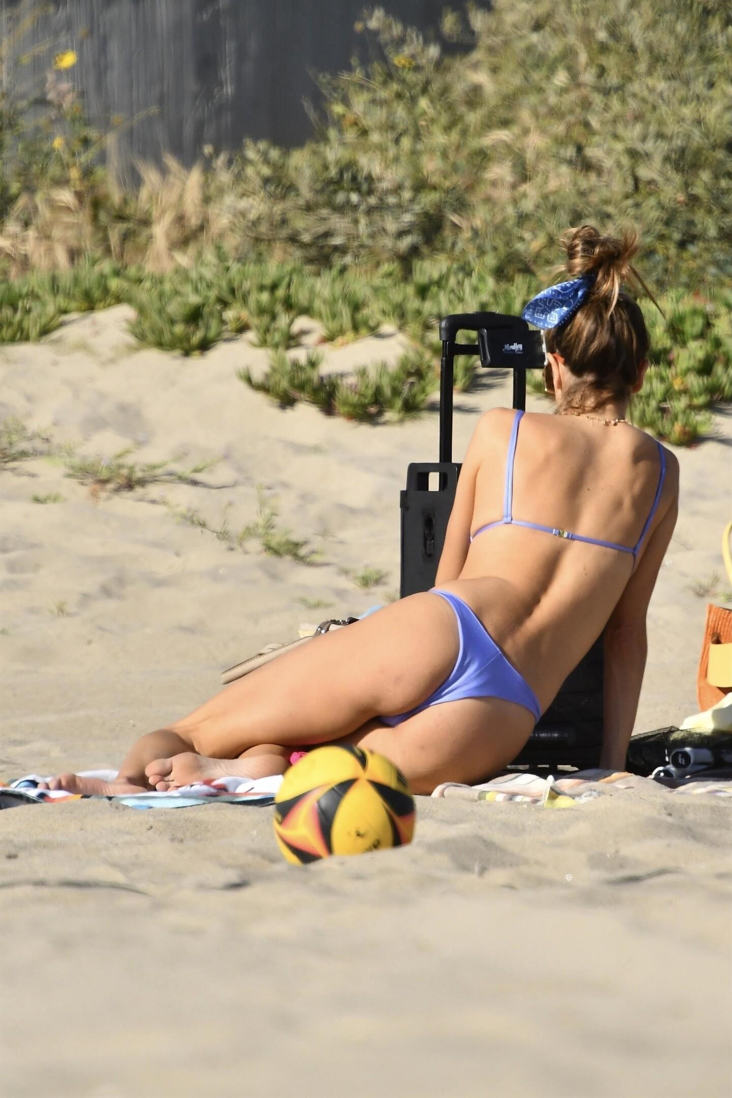 Alessandra Ambrosio Bikini fappenings.com 7