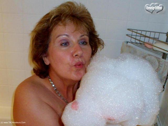 BustyBliss - Sudz N Bubbles